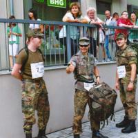 Bild Die Reservistengruppe war bereits fünf Mal beim Stadtlauf dabei. Auch beim Jubiläumslauf werden sie wieder in voller Montur antreten.